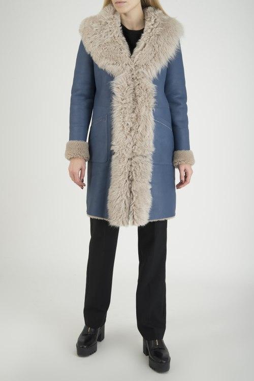 Пальто с мехом NOVE
